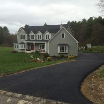 5 Reasons to Use Asphalt Paving for Your New Driveway